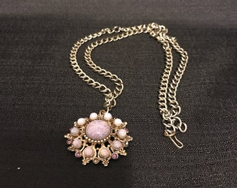 Necklace Pendant Opalessence Iridescent Stones Gold Link Chain