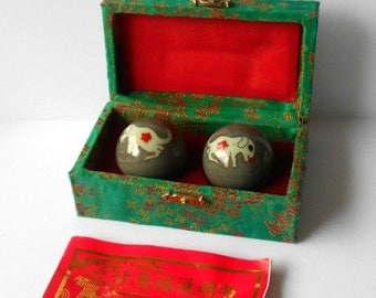 Vintage Chinese Healthy Marble Balls with Melodious Chime
