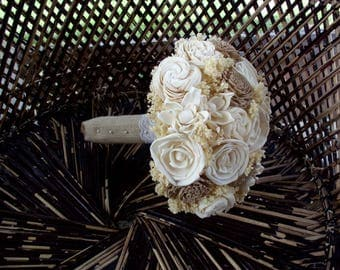 Rustic cream and beige bridal bouquet | Rustic wedding | Sola bridal bouquet | keepsake bouquet | Rustic bouquet | Beach bouquet