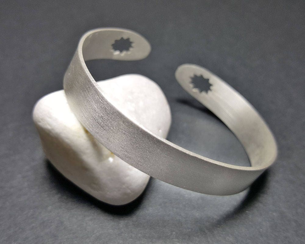 Simple Bracelet Men, Simple Bracelets for Women, Minimalist ...