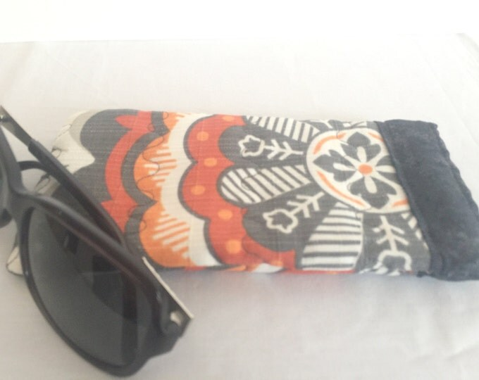 Pinch Open Sunglass Case, Padded Glasses Case, Easy Open/Close Sunglasses Case