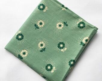 Original vintage fabric, fat quarters, green floral, possibly 1950's