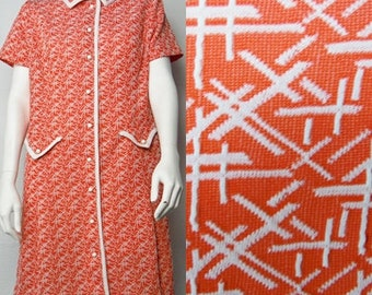 Vintage Plus Sized Orange White Patterned Short Sleeved Button Down Dress