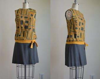 1960s Perfect Graphic Linen Drop Waist Mini Dress Jerell of Texas