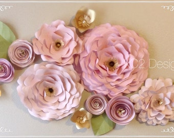 Paper flowers. Paper flower wall. wedding decor. 2017 wedding trends. nursery deocor. Babies room. YOUR COLORS. wall flowers. photo backdrop