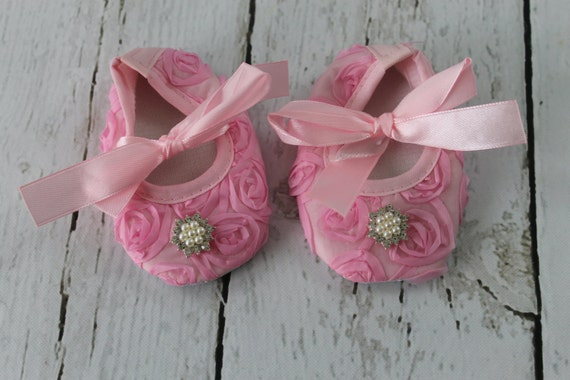 Pink Baby Crib Shoes Pink Soft Soled Shoes Pink Newborn Shoes Pink Baby Girl Shoes  Pink Infant Shoes Wedding 1st Birthday Photo Prop Shoes