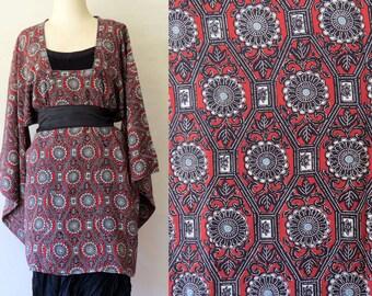 Vintage Kimono,Japanese Design, Handmade, Natural fibre, Michiyuki, Traditional Print, Short Kimono jacket, Silk Kimono,  Linen Clothing