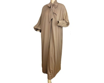 Plus Size Dressing Gown Brown Vintage 70s Robe Long Nylon Bathrobe XXL Blanche by Ralph Montenero