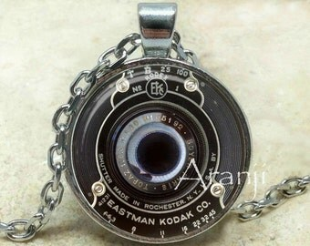 Vintage camera art pendant, camera necklace, camera jewelry, photographer necklace, photography pendant, camera lens, Pendant #HG201P