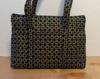 Black Green And Gold Circles Print Quilted Purse