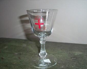 Brown University Rhode Island Ivy League Barware Crest Glass Display Latin Motto God