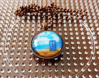TARDIS Seaside Stop-Necklace