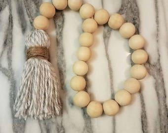 Rustic Beads (soft gray)