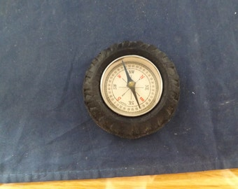 Novelty Tire Compass
