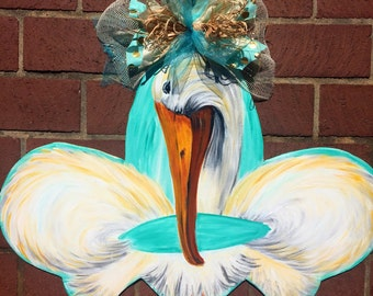Pelican fleur de lis