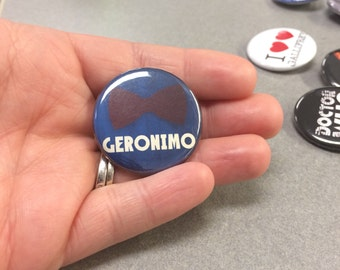 """Doctor Who Quote """" Geronimo """"  and 11th Doctor Bowtie Pin/Pinback Button"""