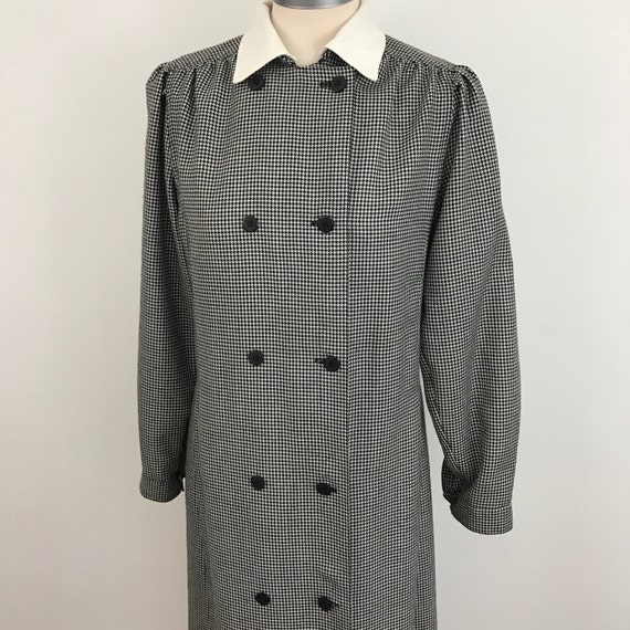 dogtooth dress tailored straight skirt double breasted smart houndstooth black white check UK 12 80s does office wear Annie Hall winter 1980