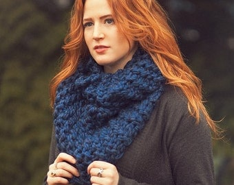 Oversize Knit Cowl Infinity Scarf Chunky Cowl Hand Knit Mobius