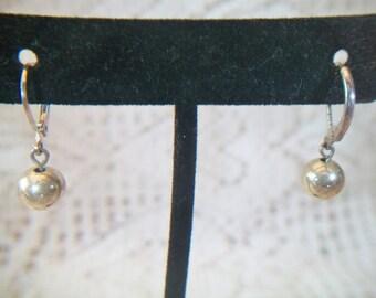 Classic Beaded Leverback Dangle Drop Earrings Classic Design Minimalist Costume Jewelry Silver Tone