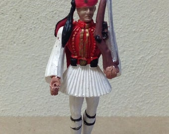 Aohna Greek toy soldier figure Evzone vintage 1970s Greece plastic detailed paint miniature toy