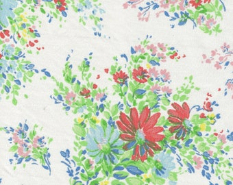 ONE Sweet Vintage Sheet Fat Quarter, Vintage Floral Fabric, Vintage Fabric, Reclaimed Fabric, Sewing Supplies, Quilt Supplies