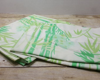 Set of 2 Standard Pillowcases, vintage 1970s