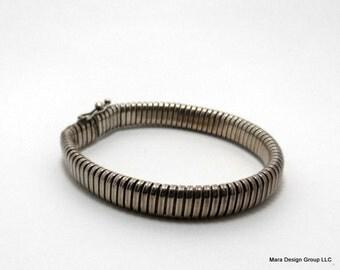vintage 1980's silvertone bracelet