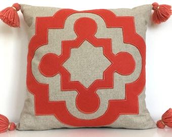 "Mango Orange Quatrefoil Pillow on Oatmeal Linen with Handmade Tassels, large 18"""