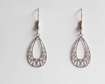 Middle ornament earrings in silver