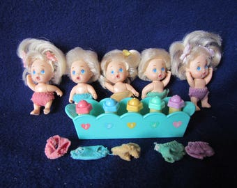 1990 Tyco Quints with bottles , Blonde Hair Blue Eyed little dolls * 2  1/2 inch dolls