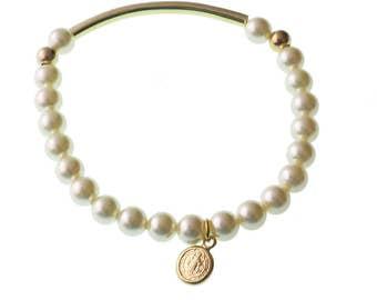 Virgin Mary Bracelet/ Pearl Bracelet/Brass Link/ Elastic Bracelet/ Catholic/ Religious/ Virgen Maria/ Virgen de Guadalupe