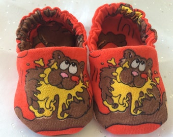Sweet Little Red Honey Bear Baby Crib Shoes Booties