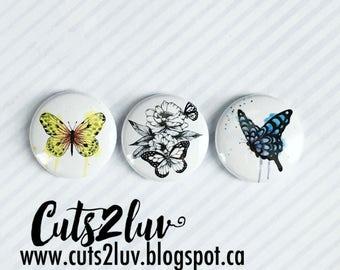 """3 Badges 1"""" Papillons à la main Valérie"""