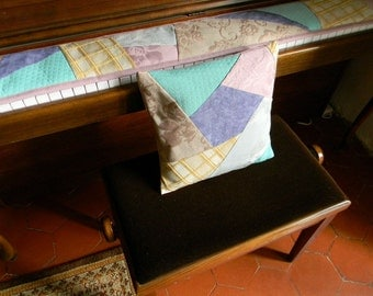 HC22 pillow case, pastel colors, attached to the keyboard CC078 way