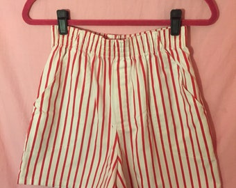 90s striped high waisted elastic shorts