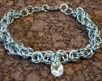 Light Green Byzantine Chainmaille Bracelet with Swarovski Crystal Bead