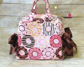 Lunch Bag/ Large Lunch Bag/ Donut Lunch Bag/ Sleepover bag/ Donut bag/ Pink handbag/ Small diaper bag/ Small Mommy bag/ Girls Lunch bag