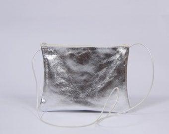 Claire - silver leather purse