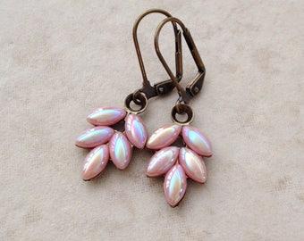 Blush Pink Leaf Earrings, blush, rhinestone leaf earring, rustic wedding, vintage wedding, wedding jewelry, bridesmaid gift, wedding earring