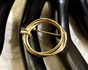 Vintage 1/20 GF Winard Intertwined Circular Brooch