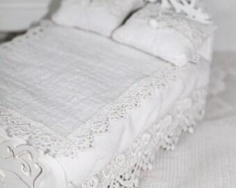Dollhouse French Lace Bed, 1:12 dollhouse bed,  Dollhouse Blanket Pillows Shabby Cottage White