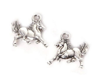 Silver Horse Charms (x10)