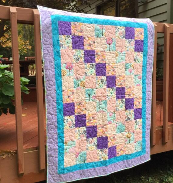 Quilt, baby quilt, baby girl quilt, lap quilt, quilted baby bedding, baby bedding, crib quilt, pink crib bedding, patchwork quilt