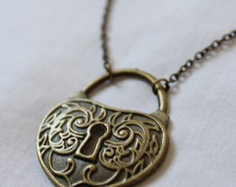 "Necklace ""Heart lock"" bronze"