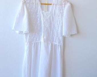 White sheer vintage Indian style lace embroidery dress - xs/sm