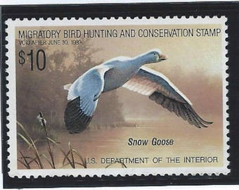 USPS Snow Goose Migratory Bird Hunting  Conservation Stamp RW55 1988 Back Reads Take Pride In America Buy Duck Stamps Save Wetlands Unused