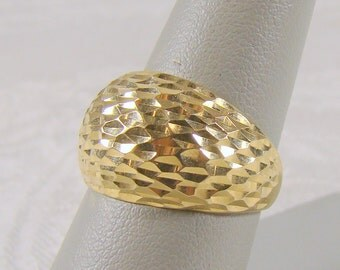 SALE ~ 10% OFF  Diamond Cut 14K Gold Dome Ring From JCM - Size 7 1/4 (Photo #5)