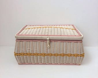 Vintage sewing basket crafts storage box 1960s woven plastic very pretty and useful good condition ochre and white pink silky lining 0200