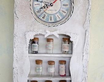 shabby style clock