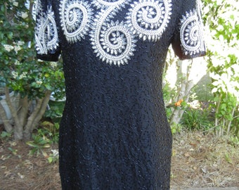 Vintage women's Night Vogue 100% silk beautiful black silver white short sleeve elegant beaded sequined Dress Size M/medium/L/Large10/11/12